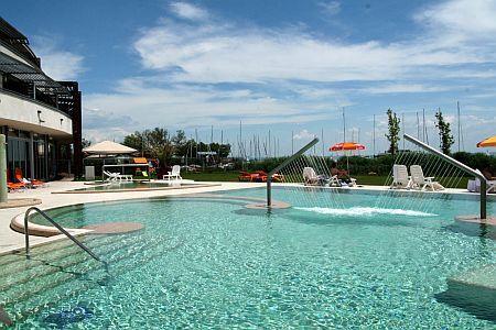 Balaton Wellness Holiday In Hungary Hotel Silverine Resort Balatonfured 4 Star At Lake